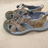 Продам в идеальном состоянии, кожаные, фирменные Keen, сандалии ,босоножки .