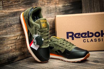 0a61f5de Цена снижена Зимние кроссовки Reebok Classic, мужские, на меху, черные с  зеленым