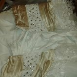 Шикарное свадебное платье со шлейфом с камнями сваровски 48-52р