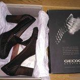 Туфли лоферы Geox на каблуке, р.37, нубук Шоколадного цвета Каблук 8,5 см