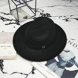 Шляпа женская Федора с устойчивыми полями и лентой черная