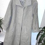 Теплое мягкое пальто из шерсти и мохера