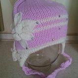 Очень красивая теплая зимняя шапка на девочку 5 - 9 лет
