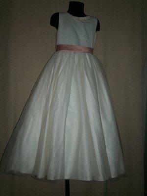Длинное пышное платье на 8лет