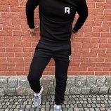 Спортивный теплый костюм Reebok