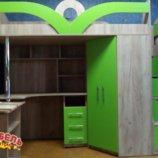 Кровать-Чердак с рабочей зоной, угловым шкафом и лестницей-комодом кл6-10
