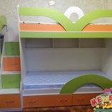 Кровать детская двухъярусная с лестницей-комодом и полками ал20-2