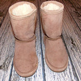 Зимние фирменные угги для девочки, размер 11 18.5 см