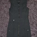 Р. xs/34/6 Only. Молодежное платье, сарафан на молнии c клепками.