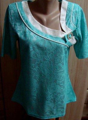 Очень красивая блуза Мята