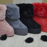 Стильные женские зимние ботинки угги