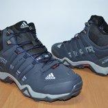 Adidas зимние мужские кроссовки.