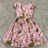 Шикарное платье Next 7-8 лет. Коллекция этого года. Цветочный принт. Нарядное, праздничное, платье.