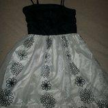 Красивое платье George 8-9л