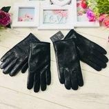Кожаные перчатки для мужчин