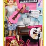 Barbie Girls Music Blonde Activity Playset Кукла Барби шарнирная Музыкант с гитарой и синтезатором