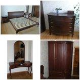 Спальная мебель из массива дерева