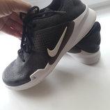 Фирменные стильные кроссовки Nike 36.5 размер указано 23.5 см
