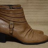 Комфортные мягкие коричневые кожаные полусапожки Footglove Англия 39 р