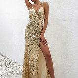 Элегантное золотое платье с разрезом Новинка