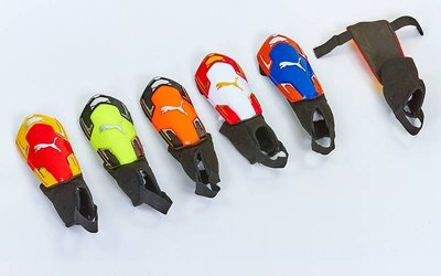 Щитки футбольные с защитой лодыжки FB-662A размер М 20см