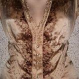Красивая шелковая, брендовая блуза от Karen Millen.Оригинал