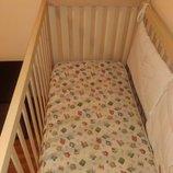 Детская итальянская кроватка Baby Expert ,матрац, защита на кроватку