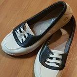 Шикарные кожаные туфельки Clarks