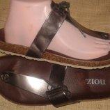 26-27 см кожа новые шлепанцы на пробке Noiz Made in Italy на широкую