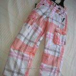 Полукомбинезон штаны Actiwe Германия на рост 146-152 см. Зимние.в идеальном состоянии. На утеплителе