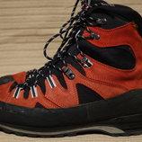 Фундаментальные высокие трекинговые ботинки Mammut Men's Monolith GTX