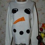 Стильный новогодний свитерок М размер.