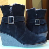 Замшевые ботинки на платформе Gabor