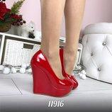 Женские туфли платформа