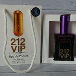 Carolina Herrera 212 VIP в подарочной упаковке 50 ml