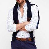 белоснежная мужская рубашка De Facto с синими вставками на локтях