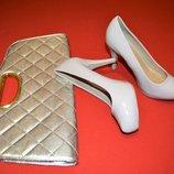 Лакированные туфельки от Dunnes 39