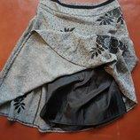 Теплая юбка с вышивкой