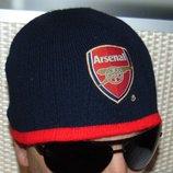 Спортивная фирменная шапочка шапка ф.к Арсенал 56-58