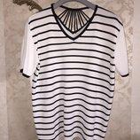 Красивая футболка Marks&Spencer большого размера 20