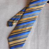 Стильный шелковый галстук, бренд Tie Rack. 100% silk seda.