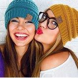 Женская шапка бренда С.с. USA.