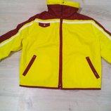 Классная яркая фирменная куртка детская .Весна- осень.