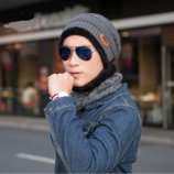 Стильная мужская зимняя вязаная шапка шарф серая