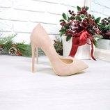 Женские замшевые туфли лодочки пудра