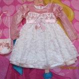 Платье нарядное 2-4 года.