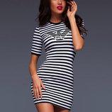 Стильное летнее короткое женское платье в полоску Armani .