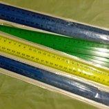 Линейки разных цветов. Длина 30 см.
