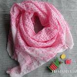 пишна розова еміратка