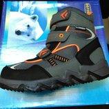 Зимние сапожки для мальчиков BG 28,32 размер.